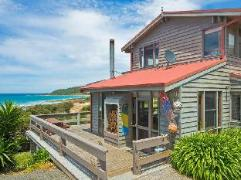 The Surf Shack Holiday House   Australia Hotels Great Ocean Road - Wye River