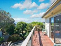 Coral Reef Holiday House: balcony/terrace