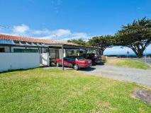 Beach Side Villa: exterior