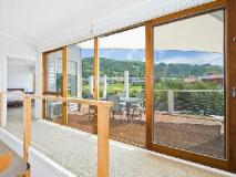 Bay Outlook Holiday House: interior