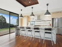 Cypress Hill Holiday House: kitchen
