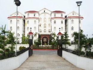 Hotel East Palace