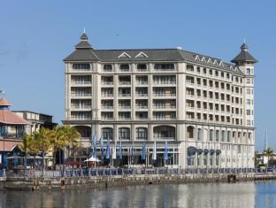 /labourdonnais-waterfront-hotel/hotel/mauritius-island-mu.html?asq=5VS4rPxIcpCoBEKGzfKvtBRhyPmehrph%2bgkt1T159fjNrXDlbKdjXCz25qsfVmYT