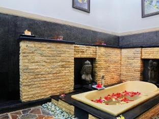 Satriya Cottages Bali - In Deluxe room