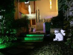 Angela Boutique Serviced Residence   Vietnam Budget Hotels