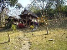 Khoun & Khone Bungalow: exterior