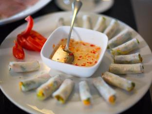 Chalcedony Hotel Hanoi - Food and Beverages
