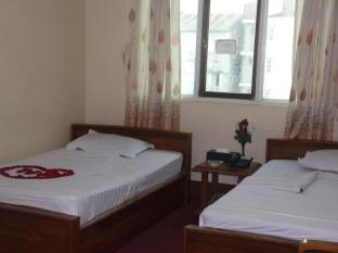 Nice Day Hotel Yangon - Superior Twin Bed Room