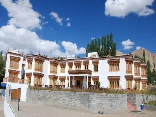/hotel-royal-ladakh/hotel/leh-in.html?asq=jGXBHFvRg5Z51Emf%2fbXG4w%3d%3d