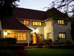 Brooklyn Manor Guesthouse | Cheap Hotels in Pretoria South Africa