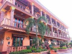 Laos Hotel | Somnuek Guest House
