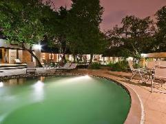 Stillpoint Country Manor | South Africa Budget Hotels
