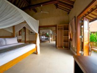 Three Monkeys Villas Bali - Guest Room