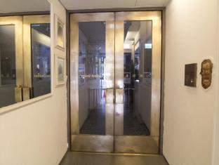 mini hotel Causeway Bay Hong Kong - Entrance