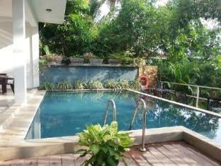 Summer Side Residence