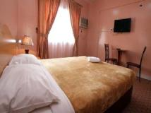 Zaineast Hotel: guest room