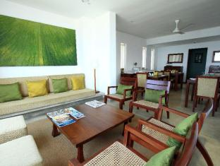 The Ocean Front Hotel Colombo - Lobby