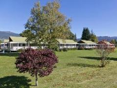 Turangi Bridge Motel   New Zealand Budget Hotels