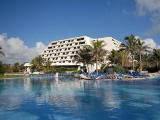 /grand-oasis-cancun-all-inclusive/hotel/cancun-mx.html?asq=jGXBHFvRg5Z51Emf%2fbXG4w%3d%3d