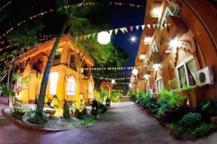 /de-de/the-floral-breeze-hotel-new-bagan/hotel/bagan-mm.html?asq=5VS4rPxIcpCoBEKGzfKvtE3U12NCtIguGg1udxEzJ7ngyADGXTGWPy1YuFom9YcJuF5cDhAsNEyrQ7kk8M41IJwRwxc6mmrXcYNM8lsQlbU%3d