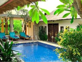 Coco de Heaven Hotel Bali - Swimmingpool