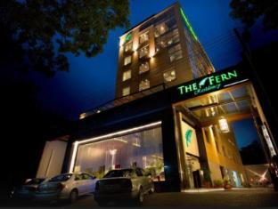 Hotel The Fern Residency