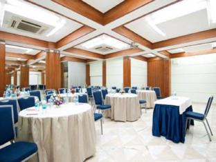 Hotel Residency Andheri Mumbai - Meeting Room
