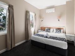 Myriad Dreams Guesthouse Australia