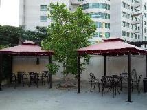 The Ten Hotel: garden