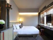 Premium 1 Queensize bed (enkel logies)