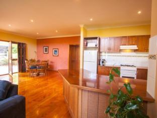 Perricoota Vines Retreat Moama - Guest Room