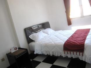 Providence Homestay Surabaya - Suite Room