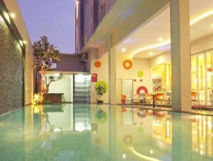/id-id/favehotel-kusumanegara/hotel/yogyakarta-id.html?asq=jGXBHFvRg5Z51Emf%2fbXG4w%3d%3d