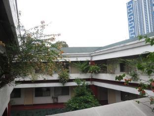 Broadway Court Apartelle 4th Street Manila - Exterior