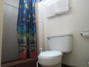 Broadway Court Apartelle 4th Street Manila - Bathroom