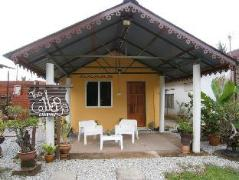 Cheap Hotels in Langkawi Malaysia | The Cottage Langkawi