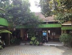 Agung Guest House | Indonesia Budget Hotels