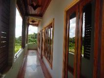 Phou Chang Hotel: surroundings