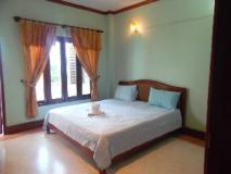 Phou Chang Hotel: guest room