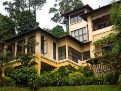 Idaman House @ Janda Baik | Malaysia Budget Hotels