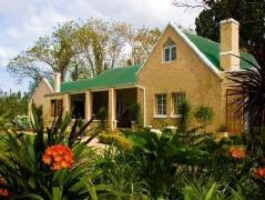 The Colonial on Arundel Bed & Breakfast | Cheap Hotels in Addo South Africa