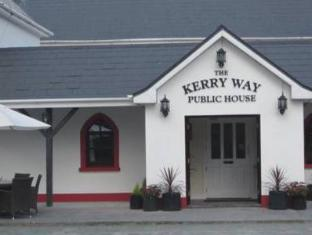/the-kerry-way-bar-guesthouse/hotel/killarney-ie.html?asq=5VS4rPxIcpCoBEKGzfKvtBRhyPmehrph%2bgkt1T159fjNrXDlbKdjXCz25qsfVmYT