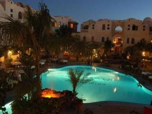 /hu-hu/amar-sina-village/hotel/sharm-el-sheikh-eg.html?asq=vrkGgIUsL%2bbahMd1T3QaFc8vtOD6pz9C2Mlrix6aGww%3d