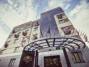 /ambassador-plaza-hotel/hotel/kiev-ua.html?asq=5VS4rPxIcpCoBEKGzfKvtBRhyPmehrph%2bgkt1T159fjNrXDlbKdjXCz25qsfVmYT