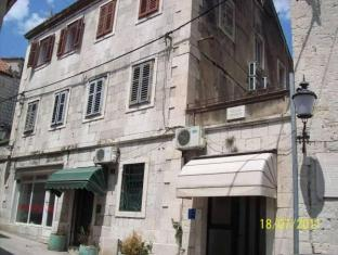 /devivi-apartments/hotel/split-hr.html?asq=jGXBHFvRg5Z51Emf%2fbXG4w%3d%3d