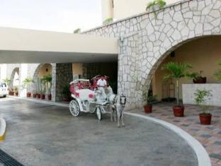 /gamma-de-fiesta-inn-merida-el-castellano/hotel/merida-mx.html?asq=GzqUV4wLlkPaKVYTY1gfioBsBV8HF1ua40ZAYPUqHSahVDg1xN4Pdq5am4v%2fkwxg