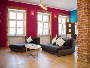 /friends-apartments/hotel/wroclaw-pl.html?asq=5VS4rPxIcpCoBEKGzfKvtBRhyPmehrph%2bgkt1T159fjNrXDlbKdjXCz25qsfVmYT