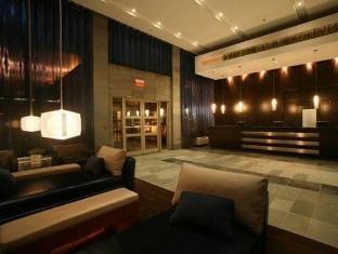 /de-de/sandman-hotel-suites-calgary-west/hotel/calgary-ab-ca.html?asq=5VS4rPxIcpCoBEKGzfKvtE3U12NCtIguGg1udxEzJ7mpjoFtD%2fpKk6eVotSOzE4iHosuG2cXdAA5lcsWm8Wgy5wRwxc6mmrXcYNM8lsQlbU%3d