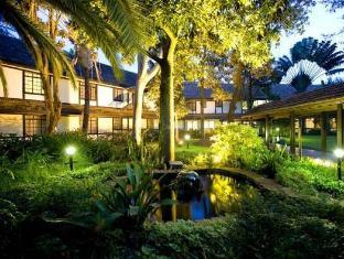 /southern-sun-mayfair-nairobi/hotel/nairobi-ke.html?asq=5VS4rPxIcpCoBEKGzfKvtBRhyPmehrph%2bgkt1T159fjNrXDlbKdjXCz25qsfVmYT