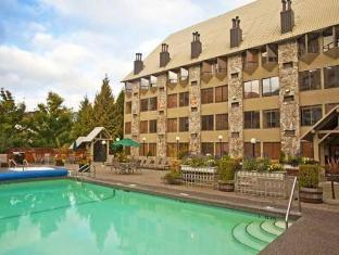 /vi-vn/mountain-side-hotel-whistler-by-executive/hotel/whistler-bc-ca.html?asq=vrkGgIUsL%2bbahMd1T3QaFc8vtOD6pz9C2Mlrix6aGww%3d